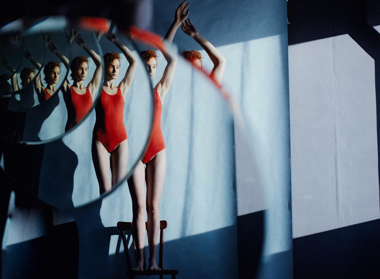 乌克兰摄影史 Marta Syrko人像作品【red and blue】 时尚图库 第14张
