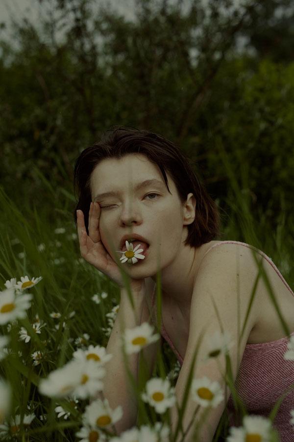 摄影师Marta Bevacqua 低明度人像摄影作品【Springstorm】 时尚图库 第7张