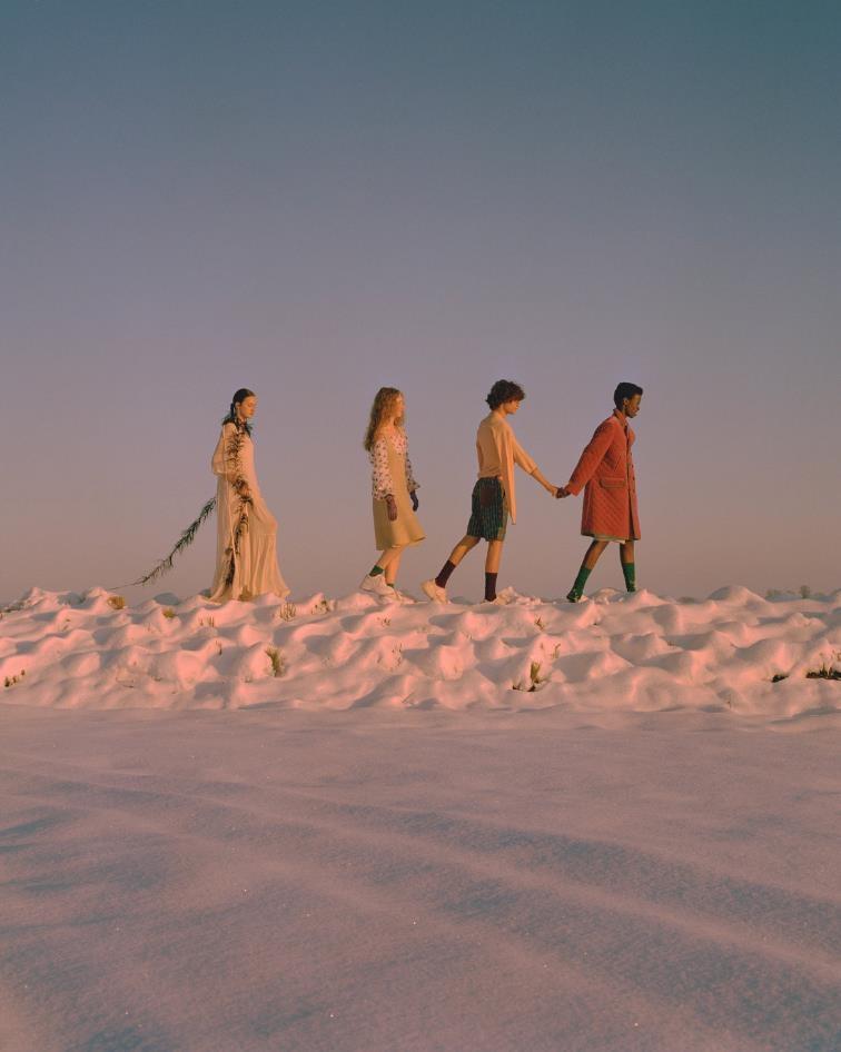 摄影师James Perolls的胶片质地人像色彩练习场 审美灵感 第6张