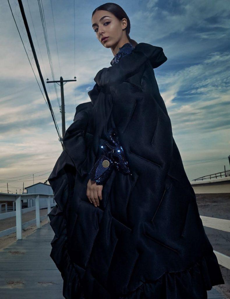 低明度 冷色系 人像摄影作品 视觉效果很棒 时尚图库 第1张
