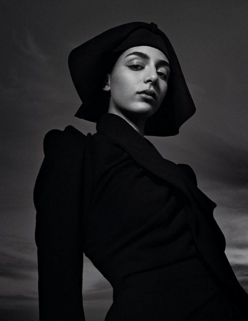 低明度 冷色系 人像摄影作品 视觉效果很棒 时尚图库 第4张