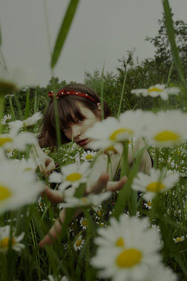 摄影师Marta Bevacqua 低明度人像摄影作品【Springstorm】 时尚图库 第13张
