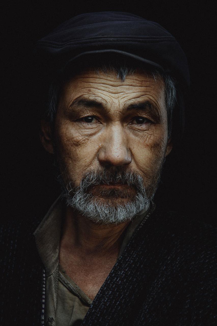 俄国摄影师 Ruslan Rakhmatov 男士面部特写作品 审美灵感 第6张