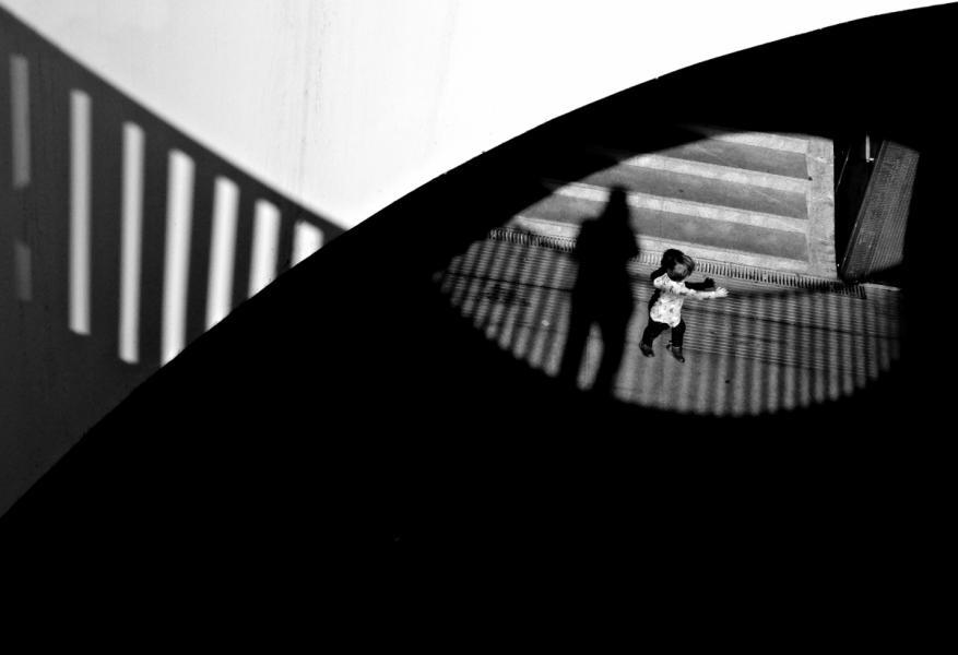 【街头】精彩的镜头瞬间定格照 街头摄影师Antonio E. Ojeda作品 审美灵感 第6张