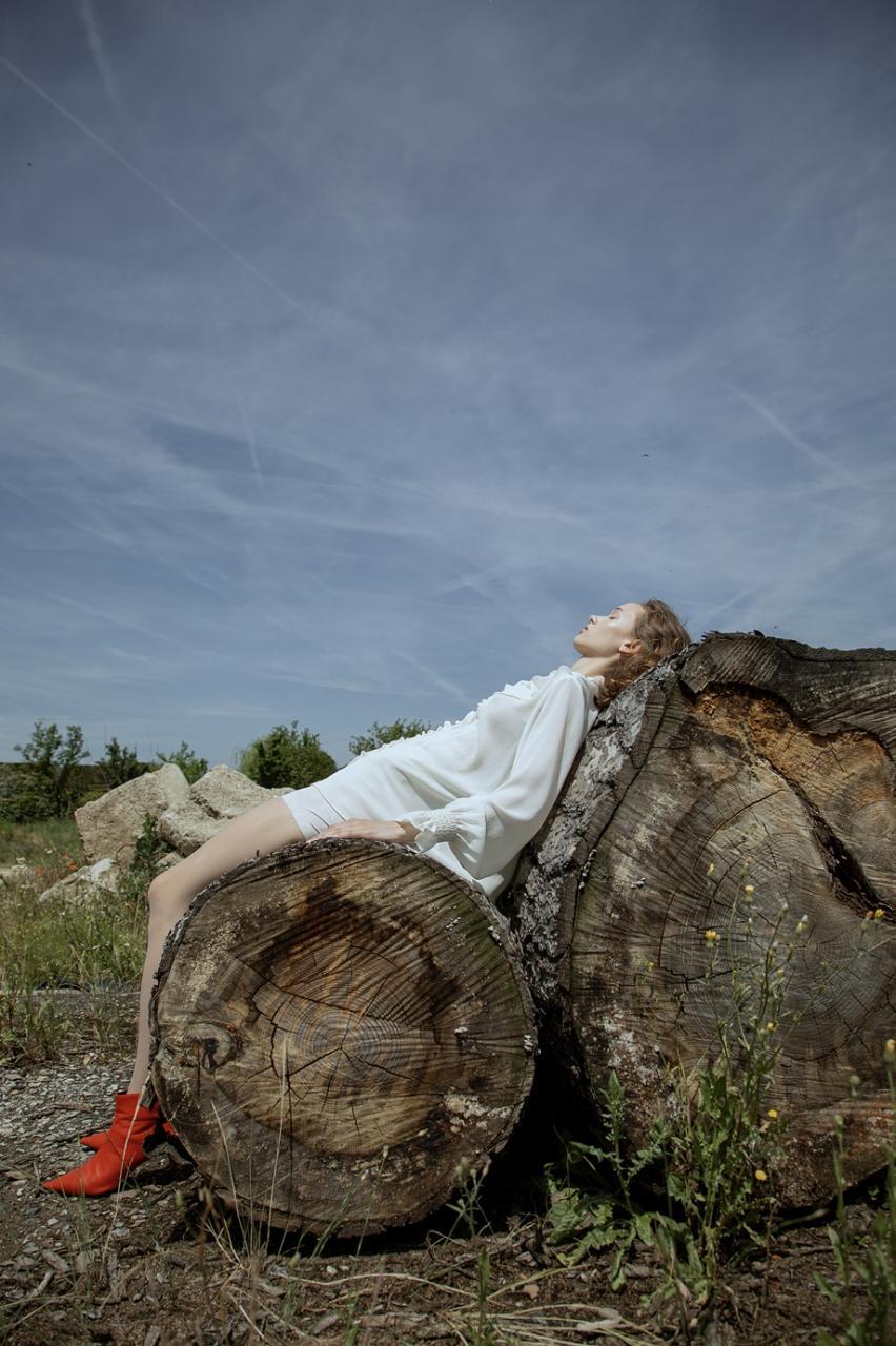 《Flanelle》杂志人像 摄影师Lucía Arabian 第二弹 时尚图库 第3张