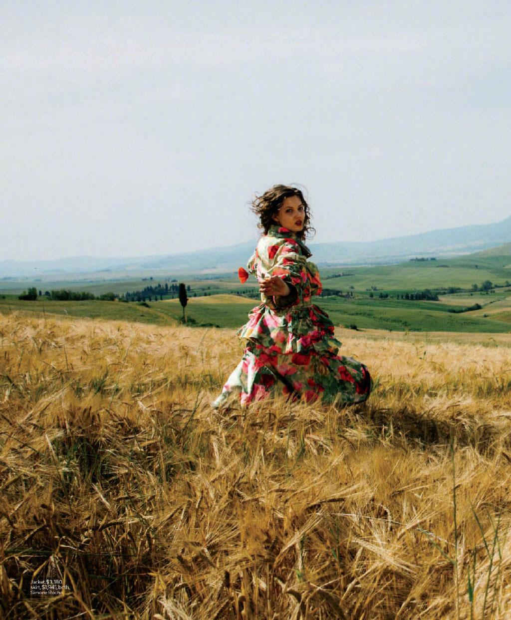 美国版《ELLE》2019年9月刊 浪漫的意大利托斯卡纳之旅. 时尚图库 第7张