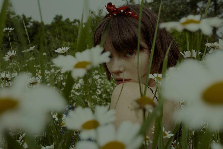 摄影师Marta Bevacqua 低明度人像摄影作品【Springstorm】 时尚图库 第3张