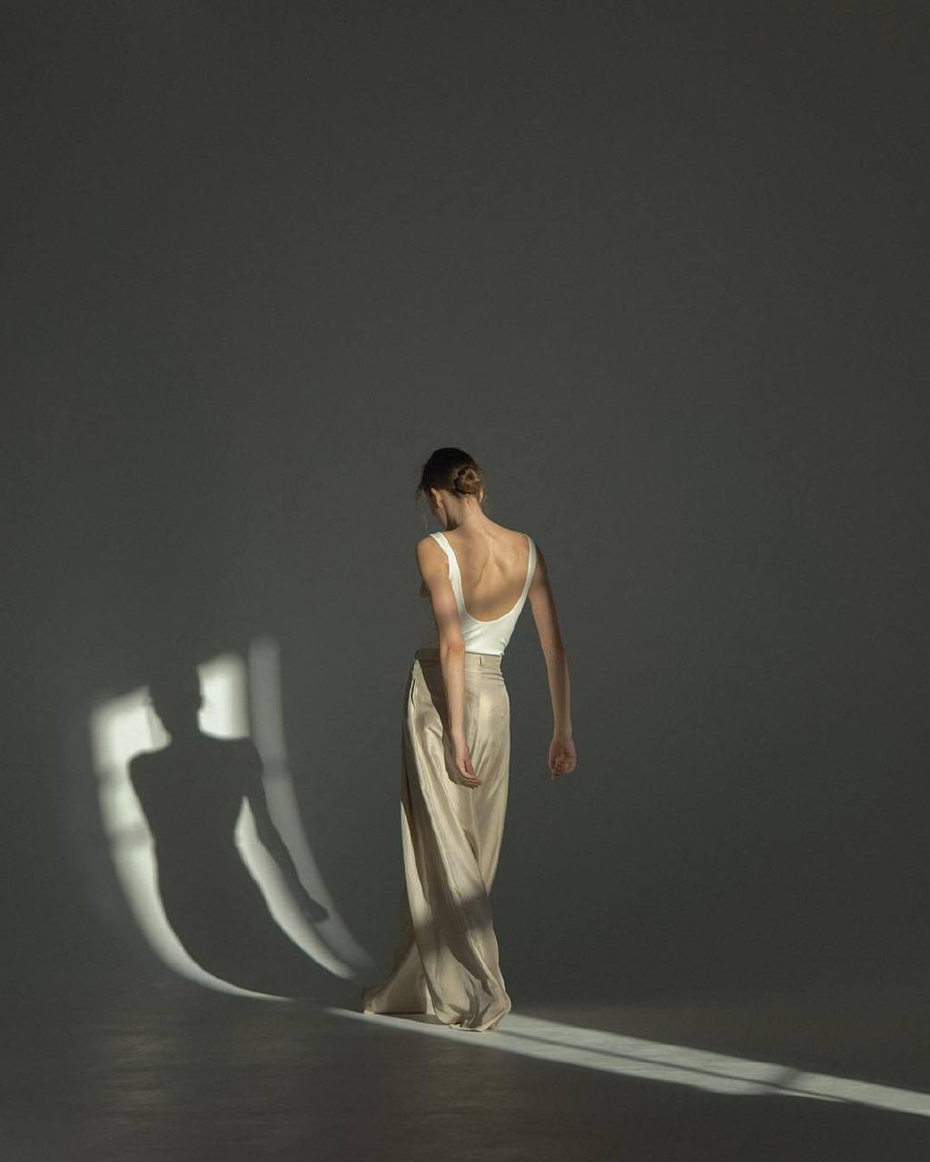 俄罗斯摄影师Anastasia Lisitsyna的人像摄影作品 时尚图库 第6张