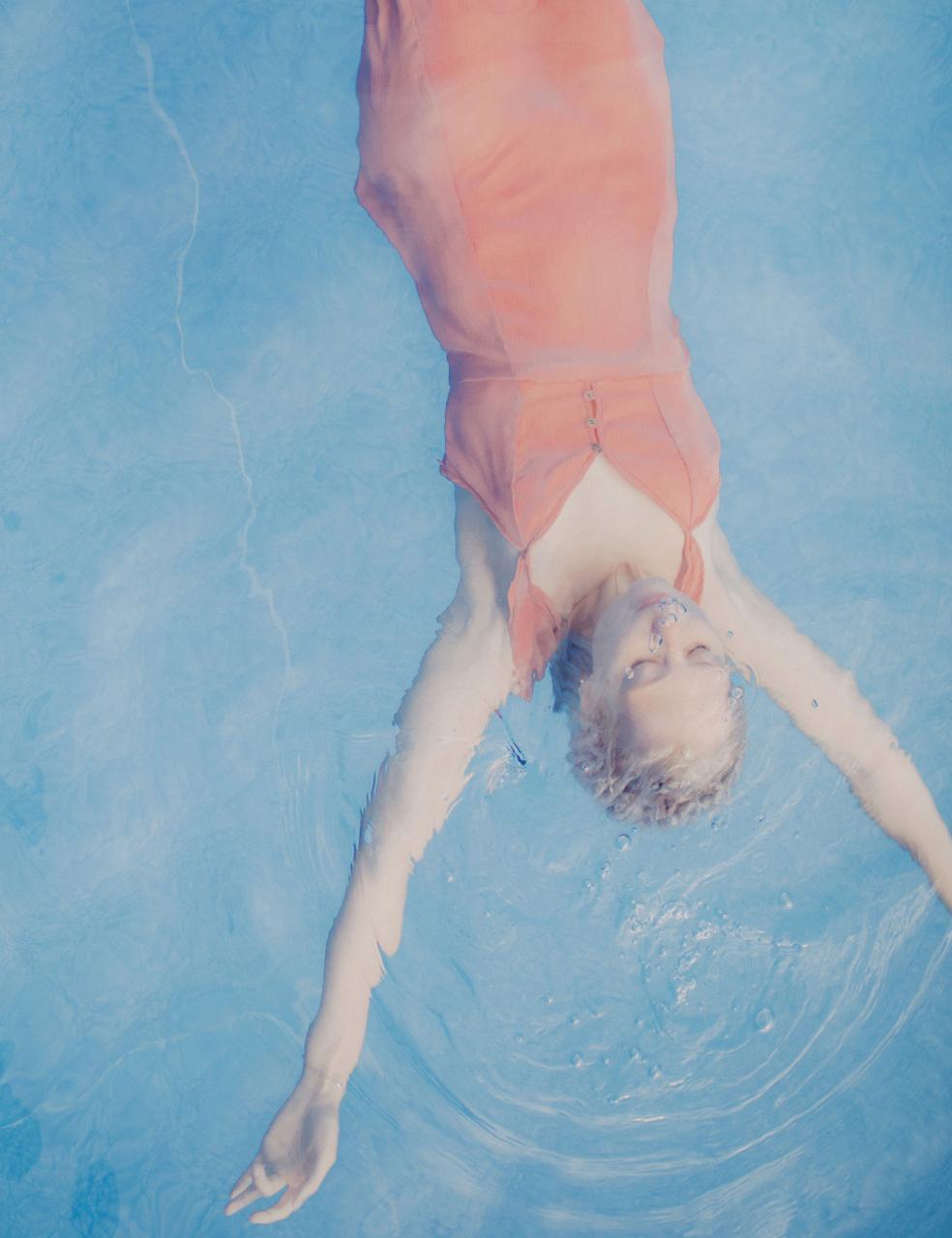 乌克兰摄影Marta syrko 人像摄影作品【blue line】 时尚图库 第4张