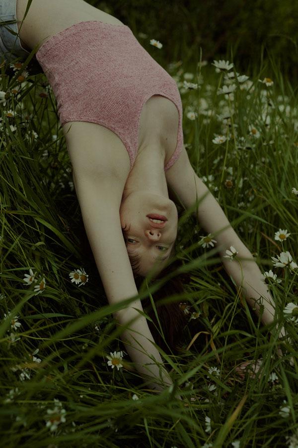 摄影师Marta Bevacqua 低明度人像摄影作品【Springstorm】 时尚图库 第12张
