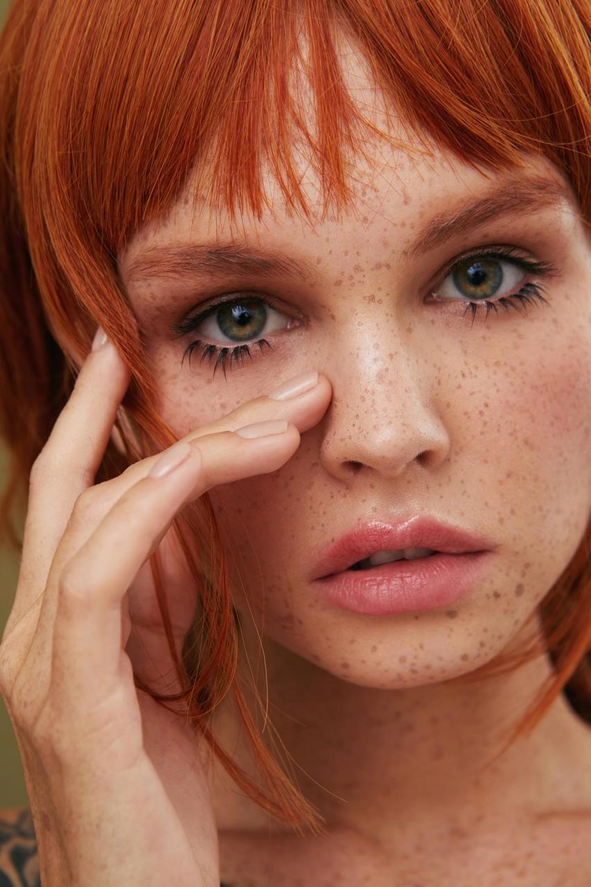 俄罗斯摄影师Kseniya Vetrova人像作品 雀斑女孩特写镜头 审美灵感 第7张