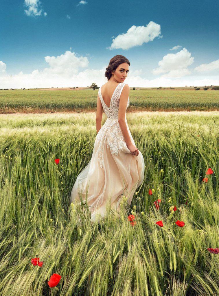 色彩非常强烈的一组外景人像 La Mancha 时尚图库 第19张