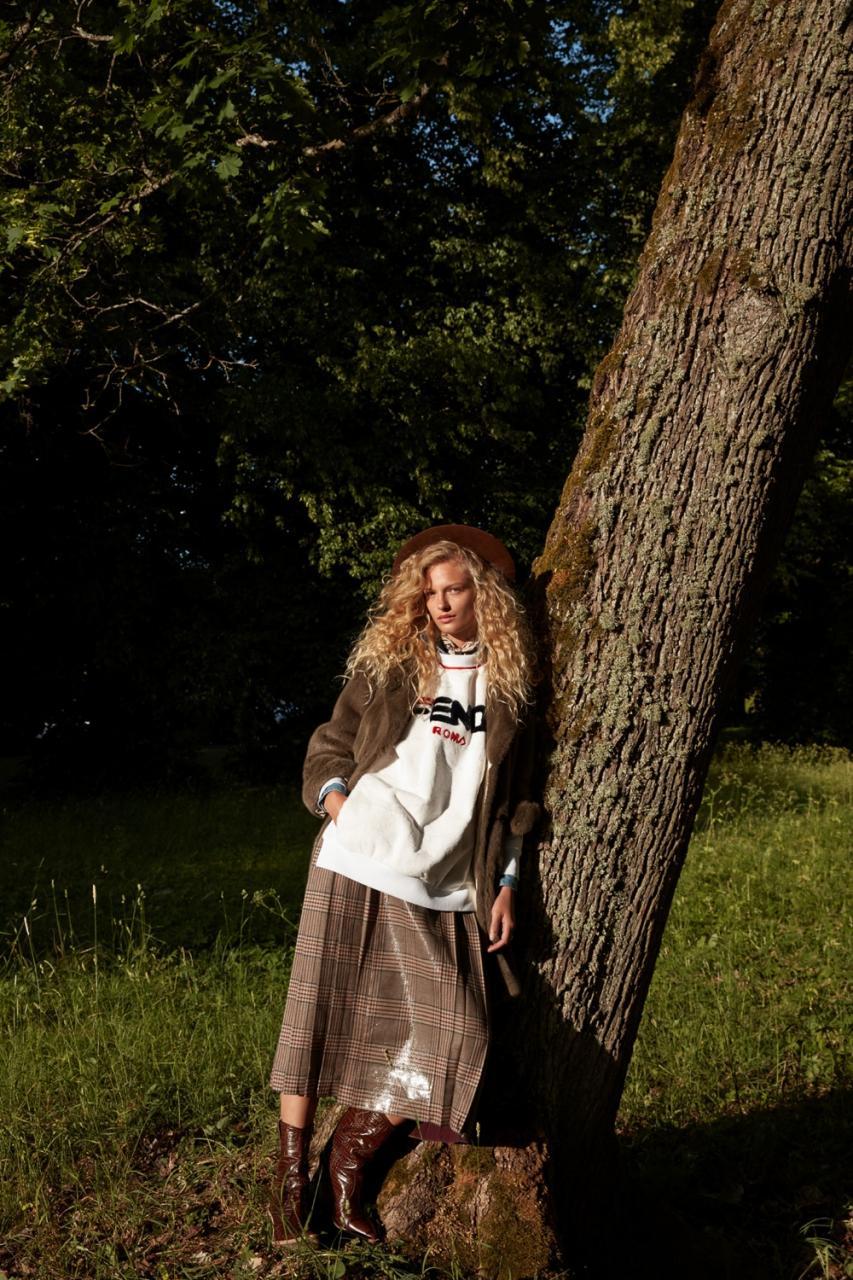 《Vogue》日本版 两位超模的合体大片 时尚图库 第9张