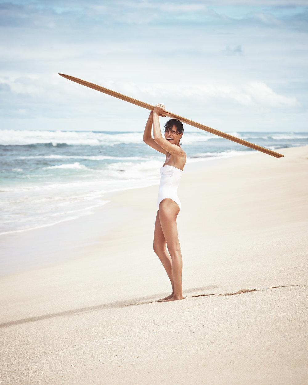 时尚芭莎 海边沙滩时尚大片 干净人像 时尚图库 第2张