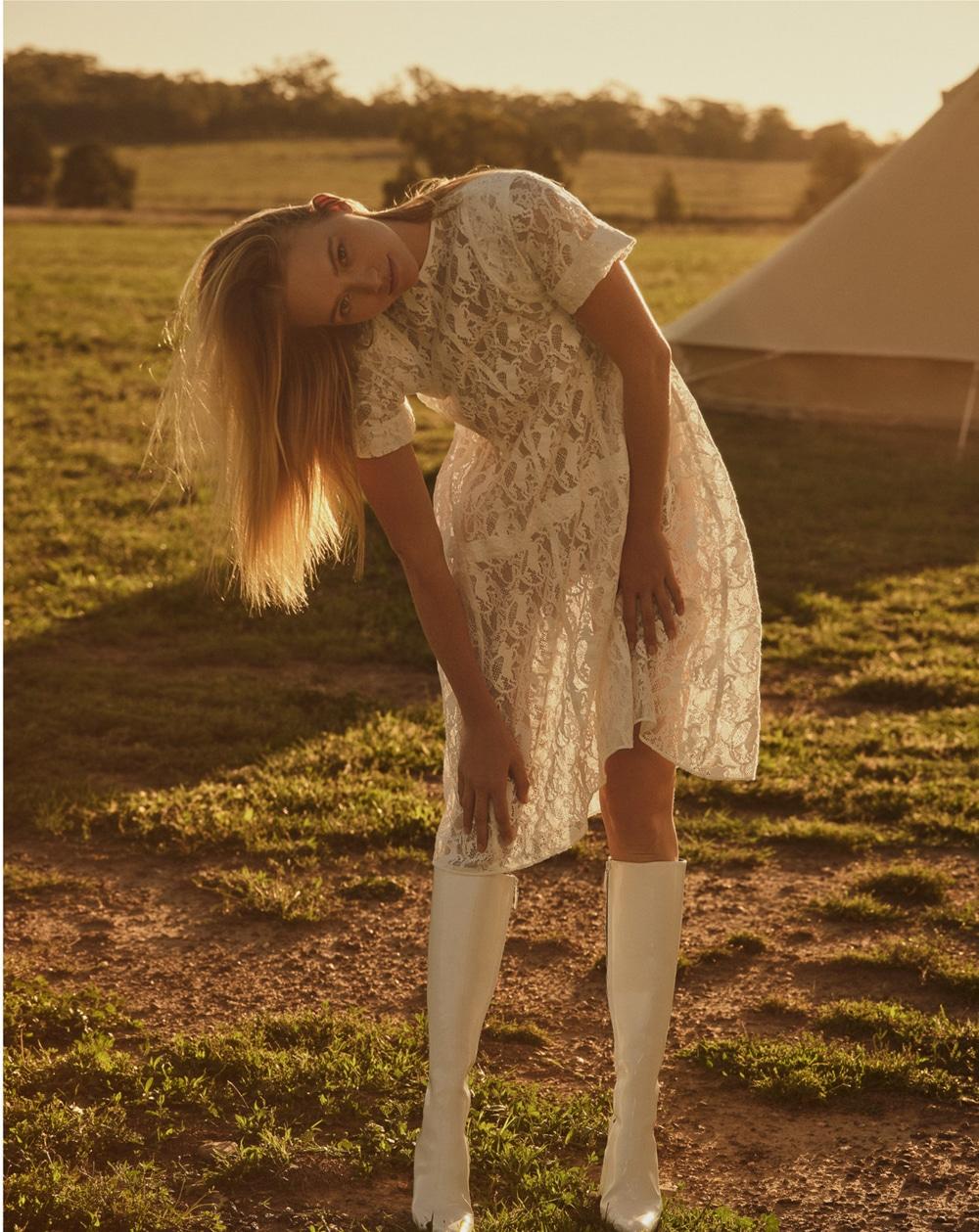 澳大利亚版《时尚芭莎》外景人像大片 时尚图库 第5张