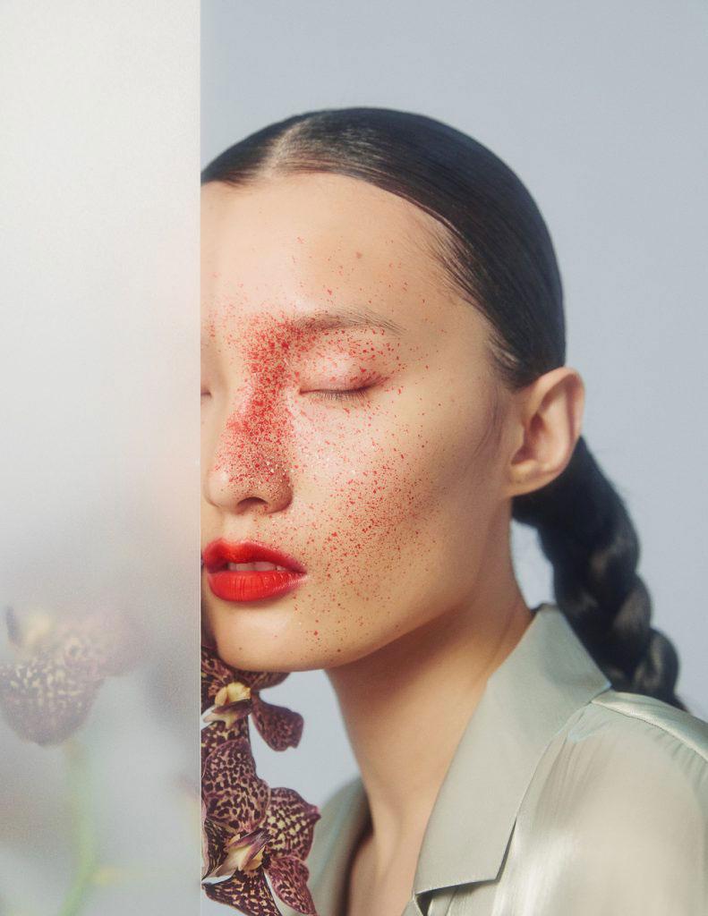 摄影师李若冰一组《时尚芭莎Harper′s Bazaar》妆容大片 时尚图库 第6张