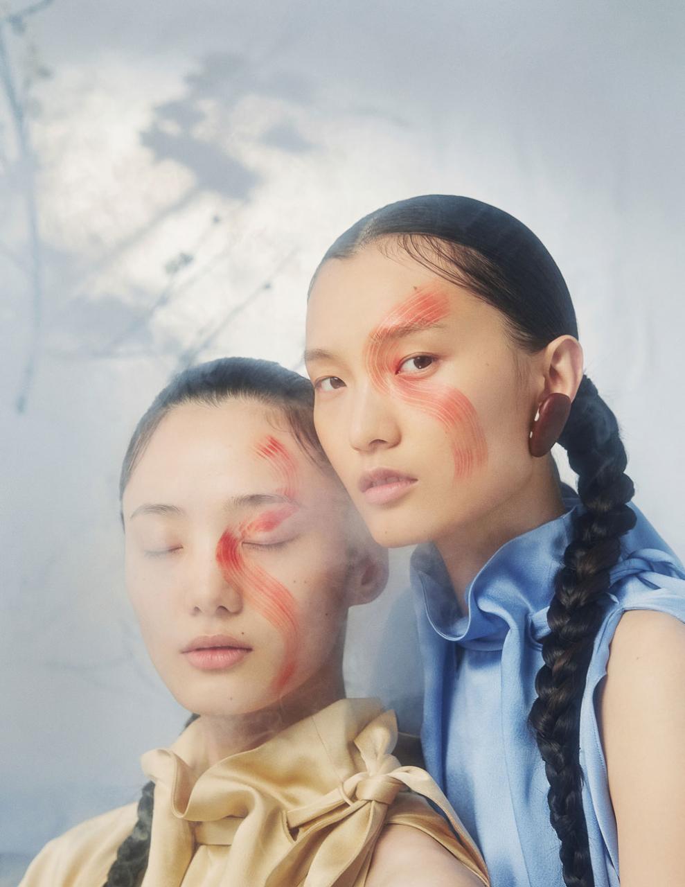 摄影师李若冰一组《时尚芭莎Harper′s Bazaar》妆容大片 时尚图库 第1张