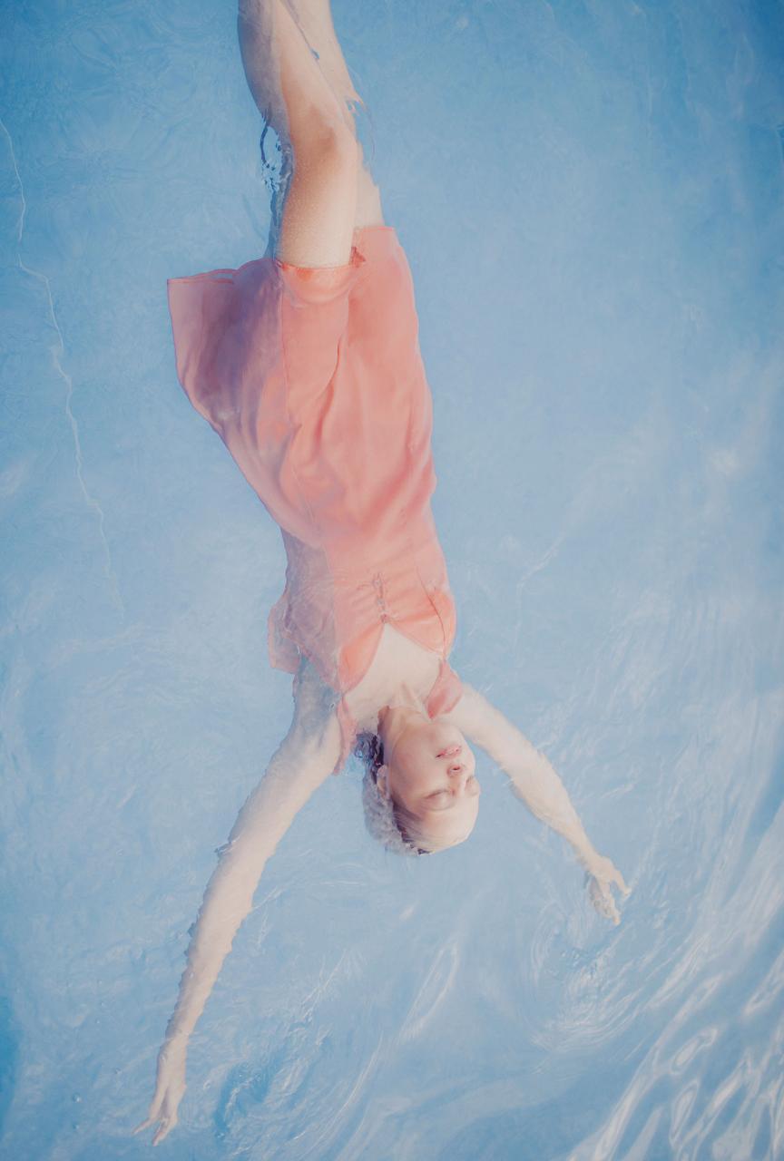乌克兰摄影Marta syrko 人像摄影作品【blue line】 时尚图库 第3张