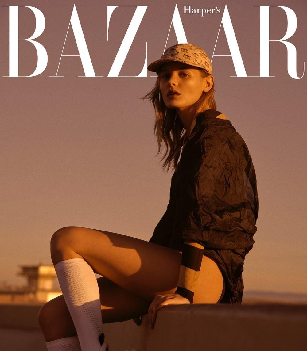 捷克版《时尚芭莎》2018-8月刊时尚大片 嫩模Paige Reifler 海边沙滩 时尚图库 第7张
