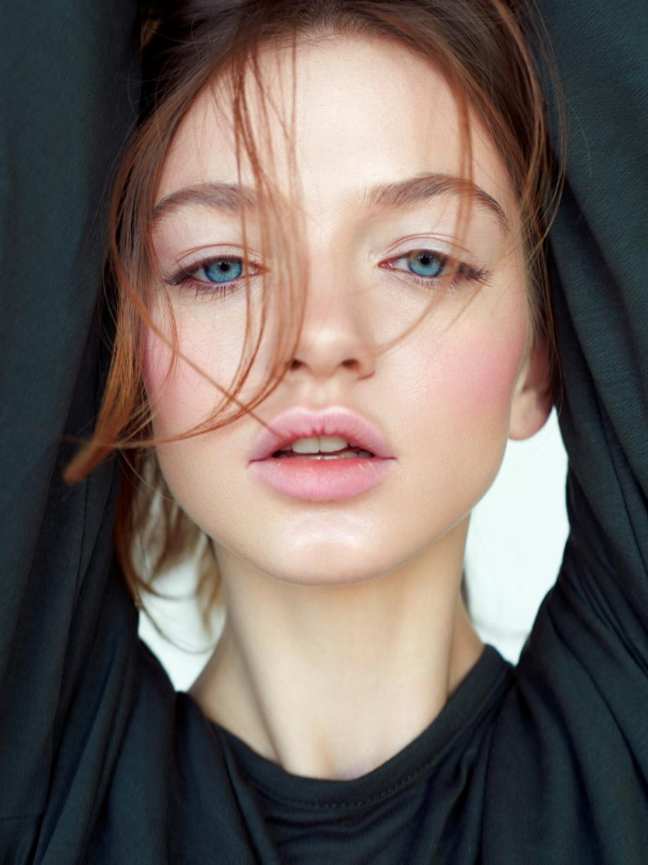 Konstantin Kryukovskiy 人像摄影作品【Dasha】 时尚图库 第4张