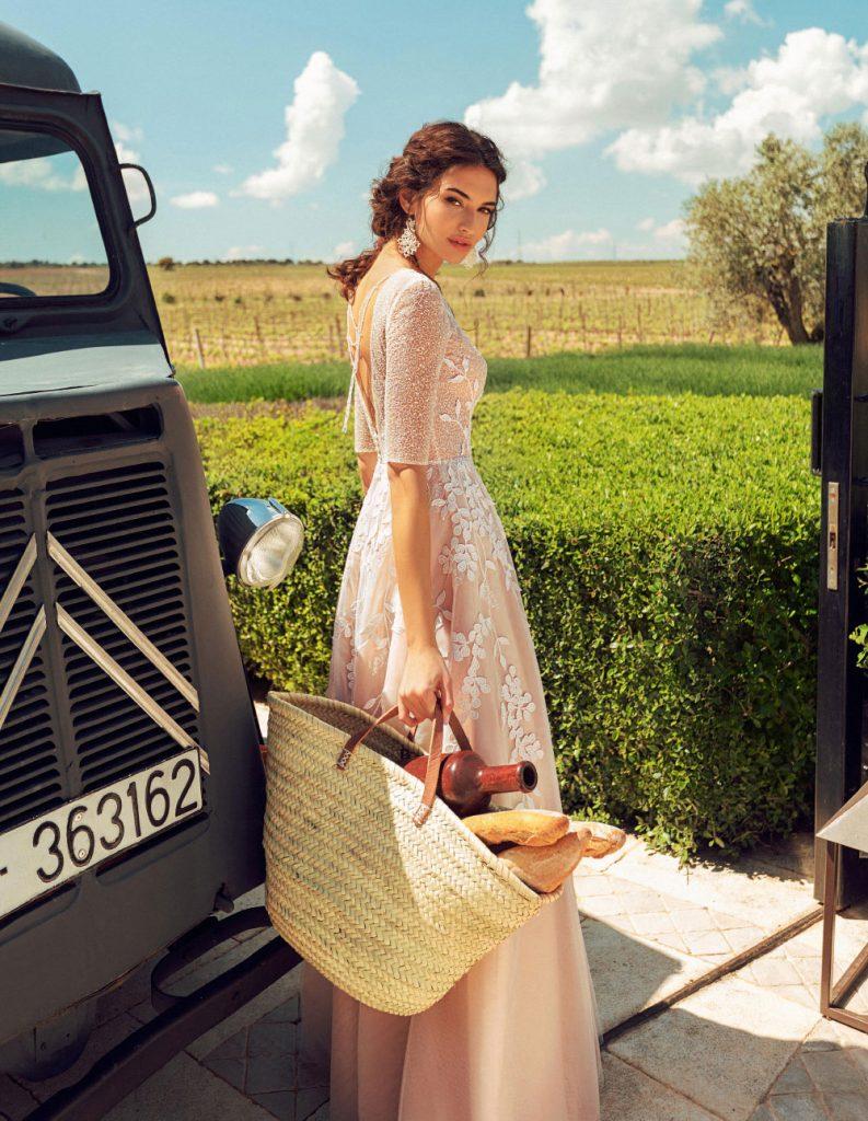 色彩非常强烈的一组外景人像 La Mancha 时尚图库 第28张