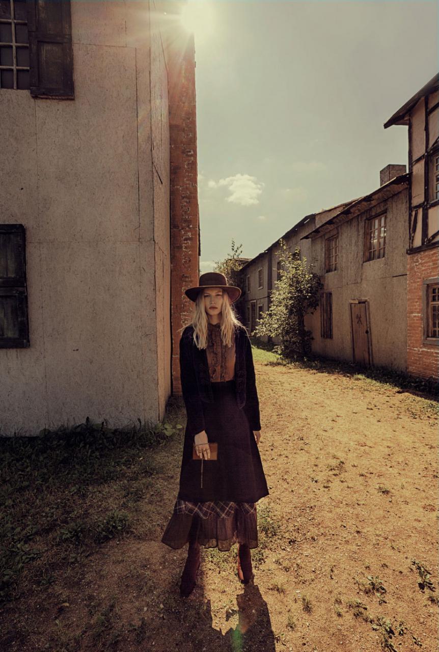 名为黄色太阳的一组外景人像摄影作品 时尚图库 第12张