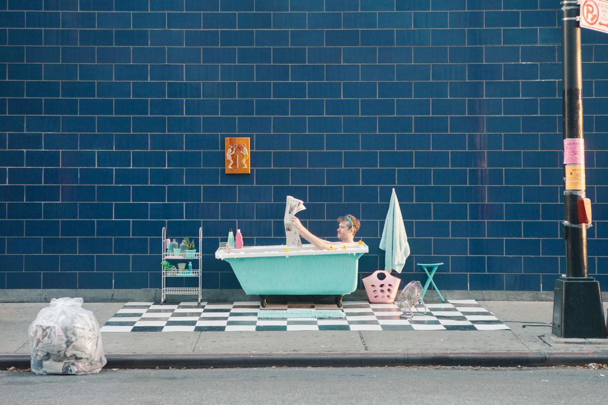 摄影师Justin Bettman 创意摄影作品 SetintheStreet街头实景搭建拍摄 时尚图库 第9张