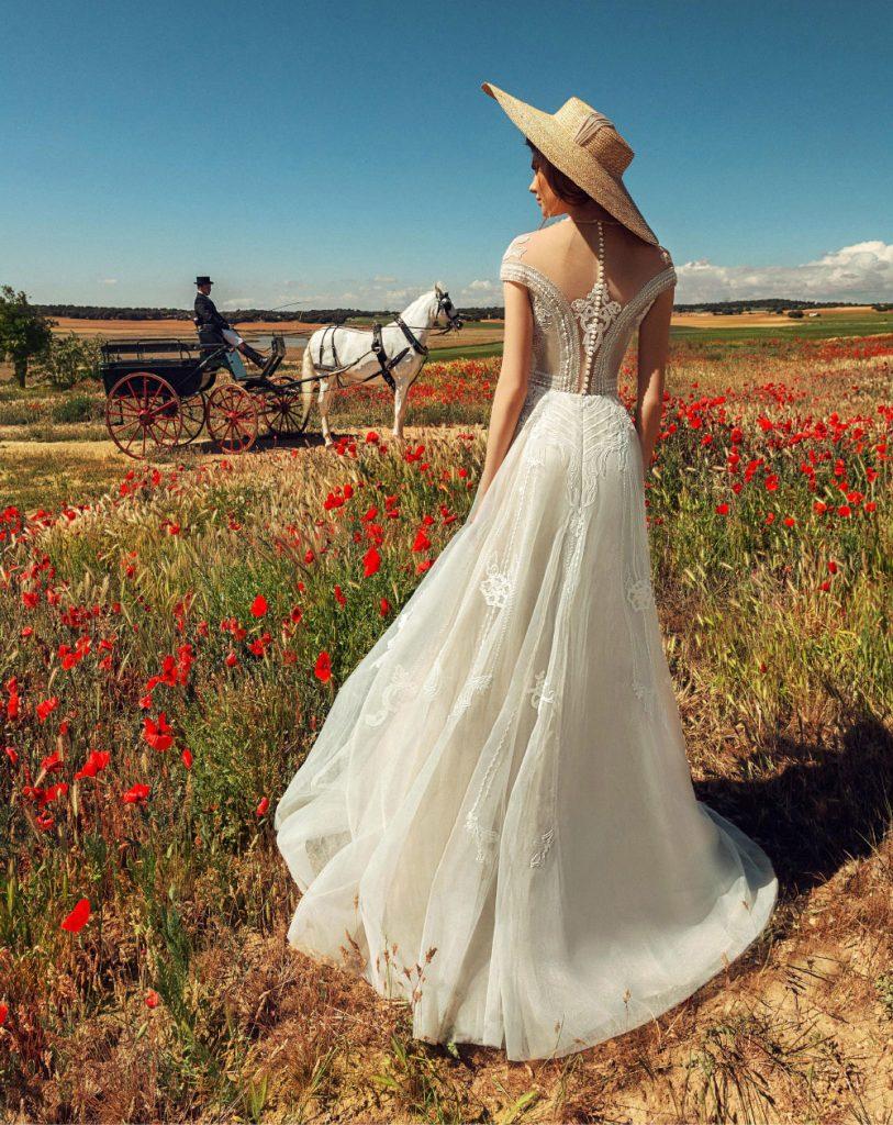 色彩非常强烈的一组外景人像 La Mancha 时尚图库 第25张
