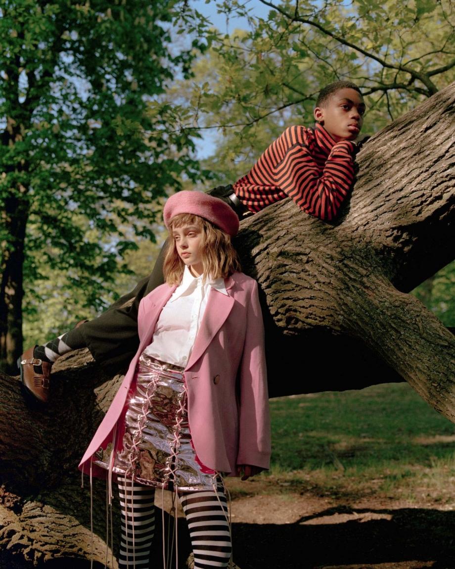 摄影师James Perolls的胶片质地人像色彩练习场 审美灵感 第4张