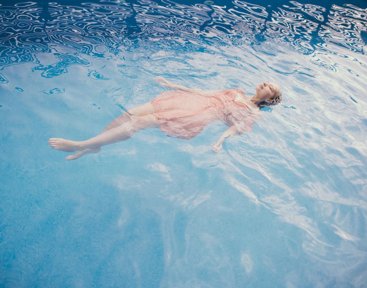 乌克兰摄影Marta syrko 人像摄影作品【blue line】 时尚图库 第2张