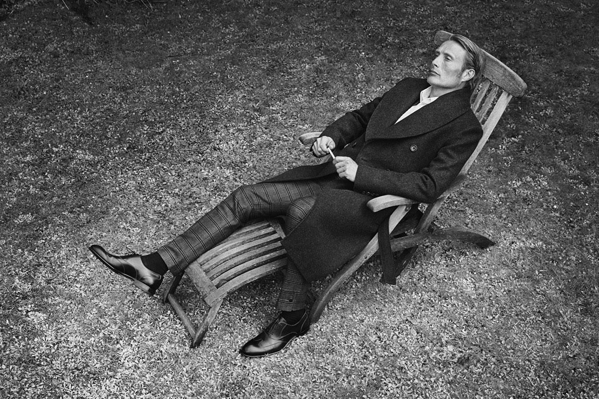 《L'OFFICIEL》杂志刊登了MADS MIKKELSEN的一组时尚片 时尚图库 第1张