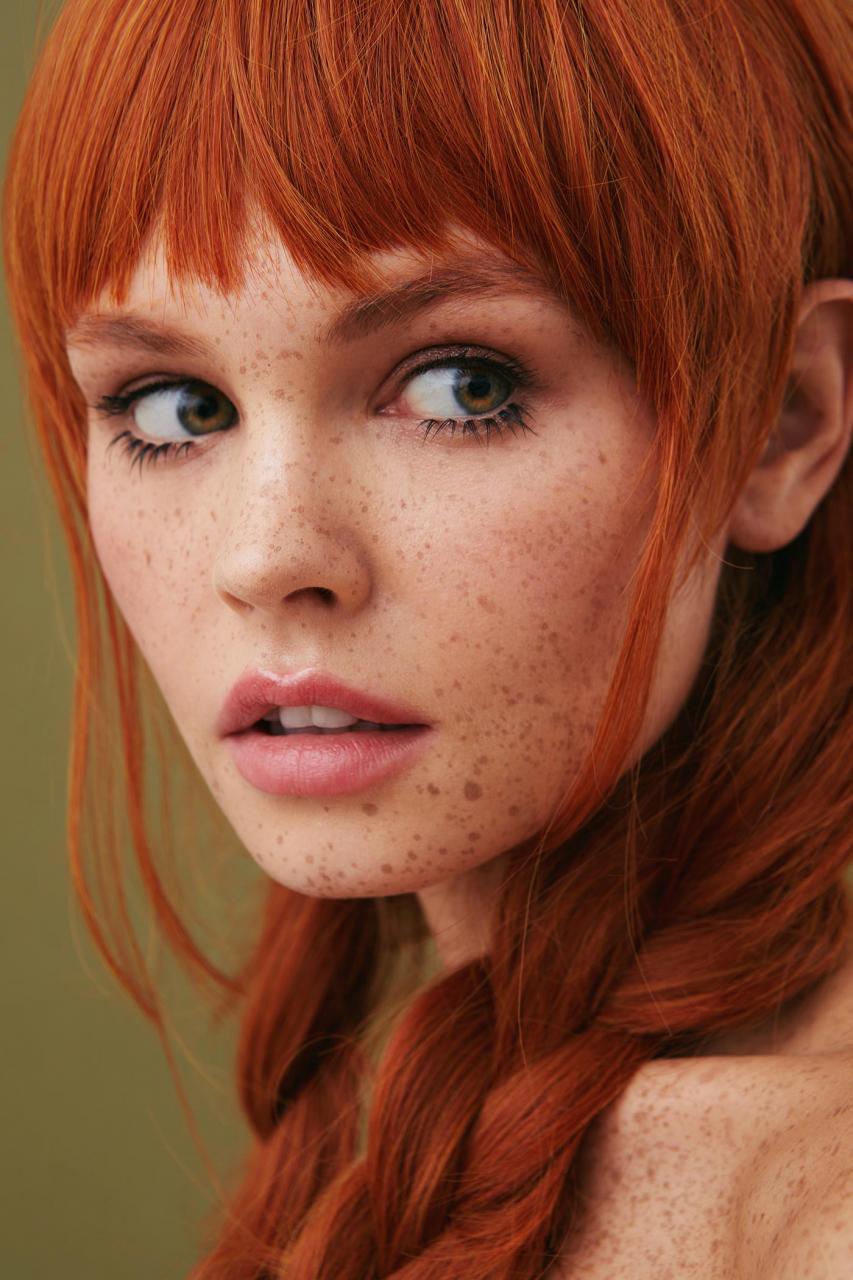 俄罗斯摄影师Kseniya Vetrova人像作品 雀斑女孩特写镜头 时尚图库 第6张