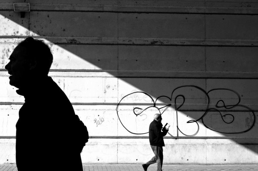 【街头】精彩的镜头瞬间定格照 街头摄影师Antonio E. Ojeda作品 审美灵感 第1张