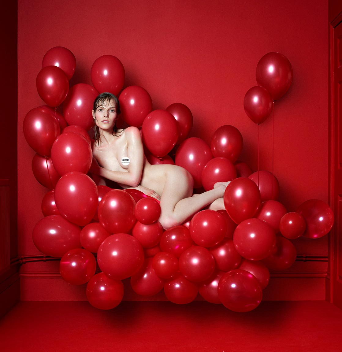 Antidote 杂志 red room的超现实主义大片 时尚图库 第6张